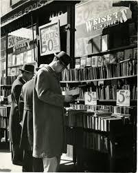 4th-avenue-bookstore